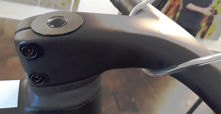Il manubrio della Zero SLR Wilier Triestina