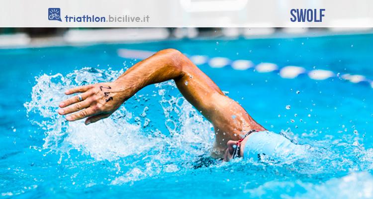 Fase della nuotata a stile libero con tecnica swolf