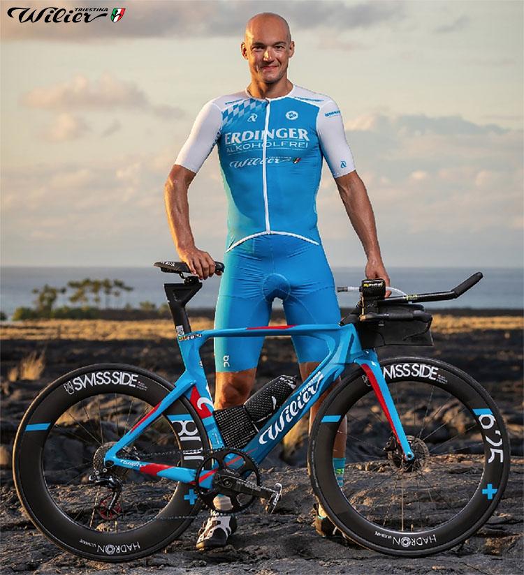 La bici da triathlon Wilier Turbine Yama 2020 presentata a Kona Hawaii da Andreas Dreitz