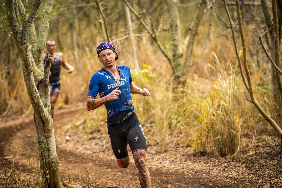 Weiss conduce la frazione run agli XTerra World Championship a Maui davanti a Ruzafa