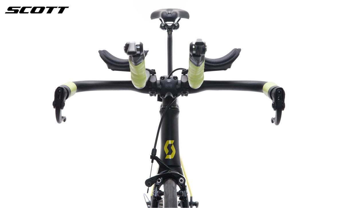 La parte frontale della bicicletta Scott Plasma 10 gamma 2020