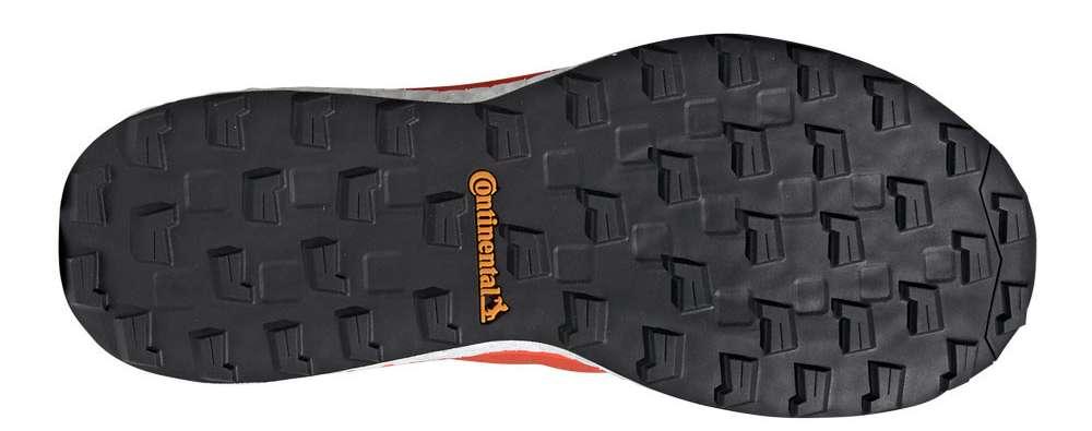 Il battistrada Continental di una scarpa da trail per il cross triathlon Adidas Terrex Agravic