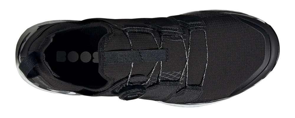 Allacciatura boa di una scarpa Adidas