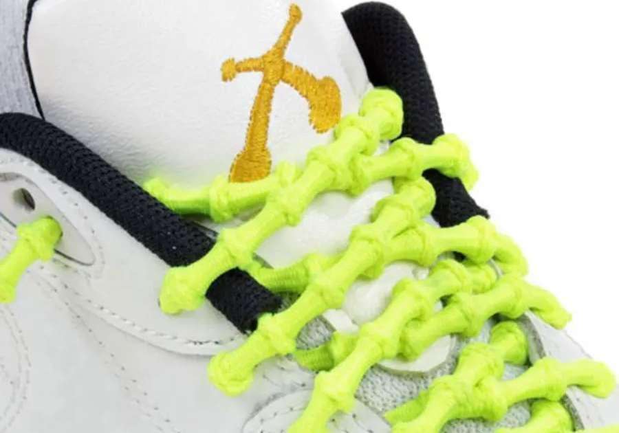 Esempio di lacci elastici per scarpe da triathlon