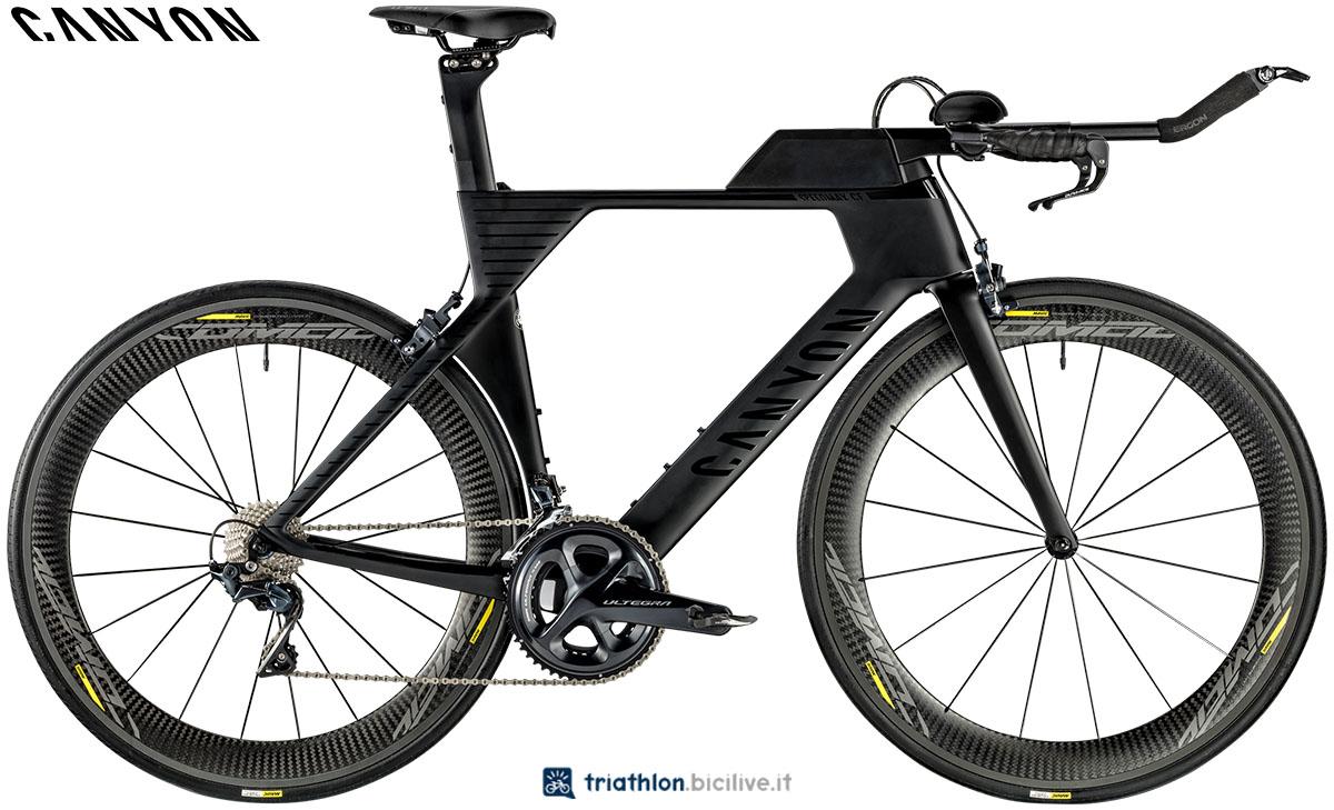 Una bici Canyon Speedmax CF 8.0 2020