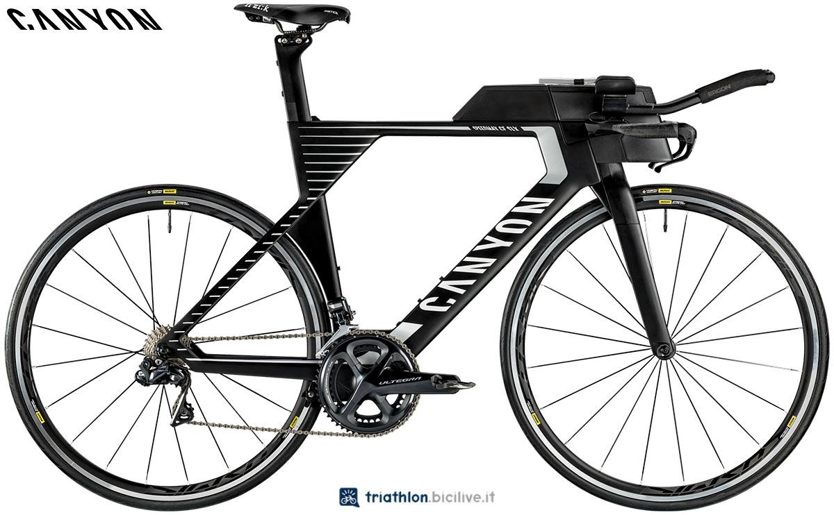 Una bici Canyon Speedmax CF SLX 8.0 2020