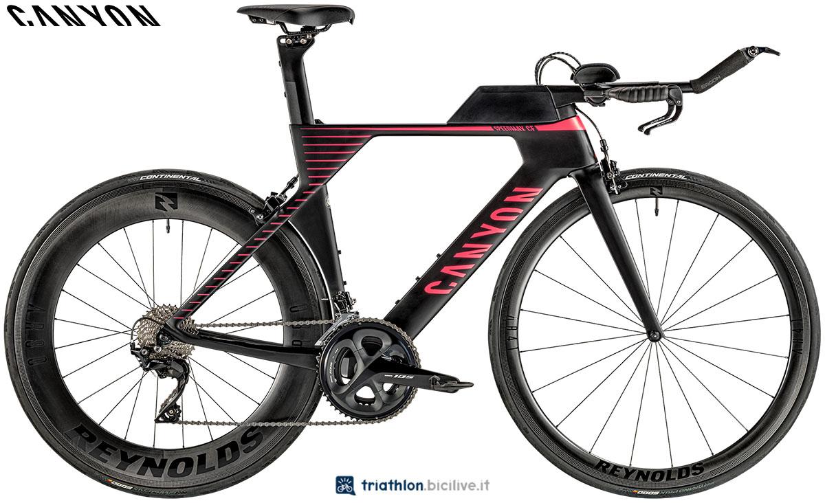 Una bici Canyon Speedmax WMN CF 7.0 2020