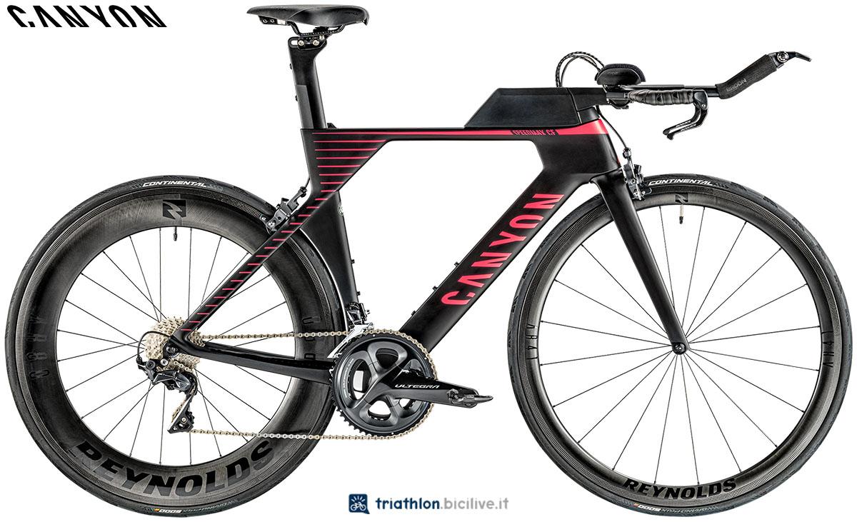 Una bici Canyon Speedmax WMN CF 8.0 2020