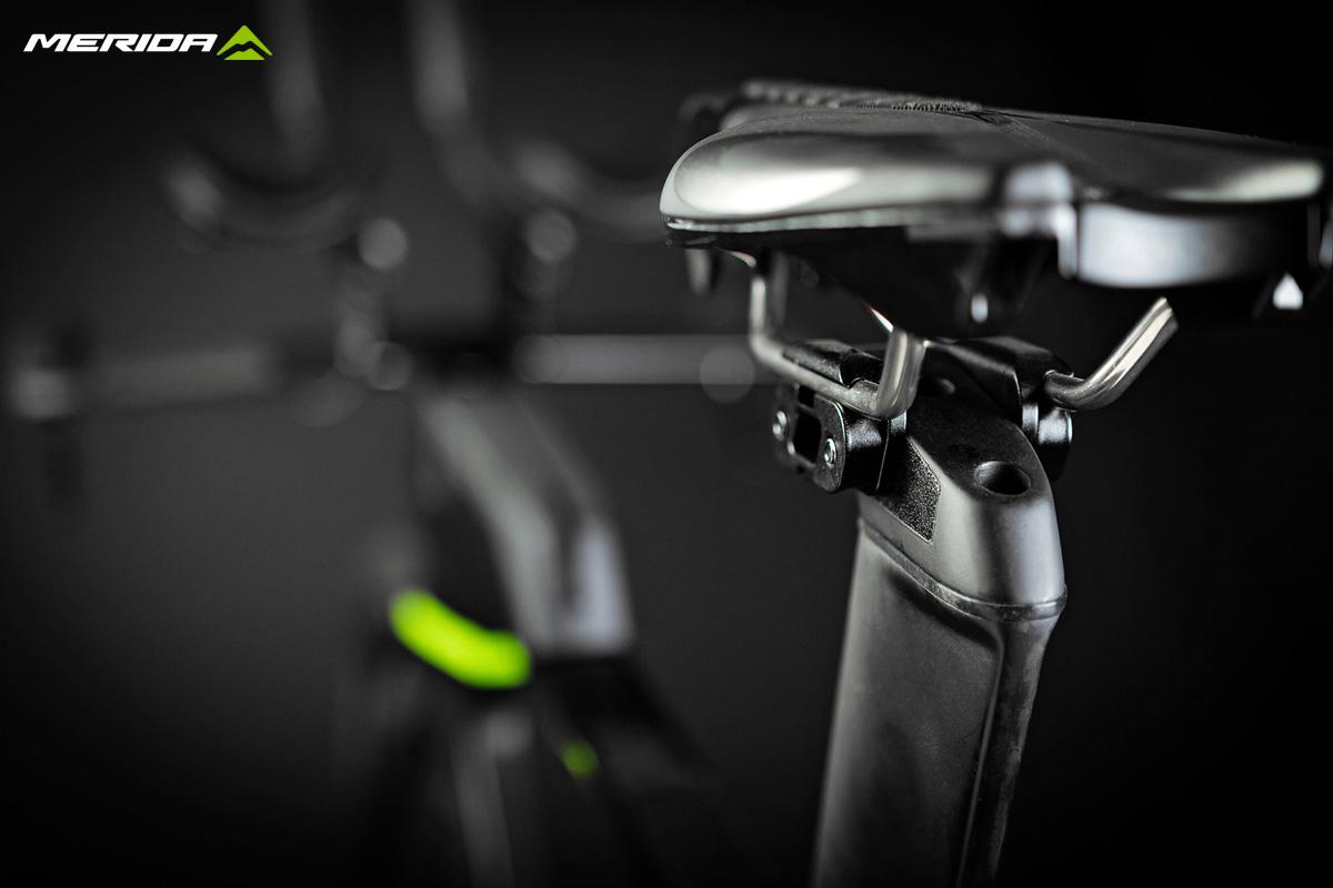 Dettaglio del reggisella della bicicletta triathlon Merida Time Warp Tri 2020