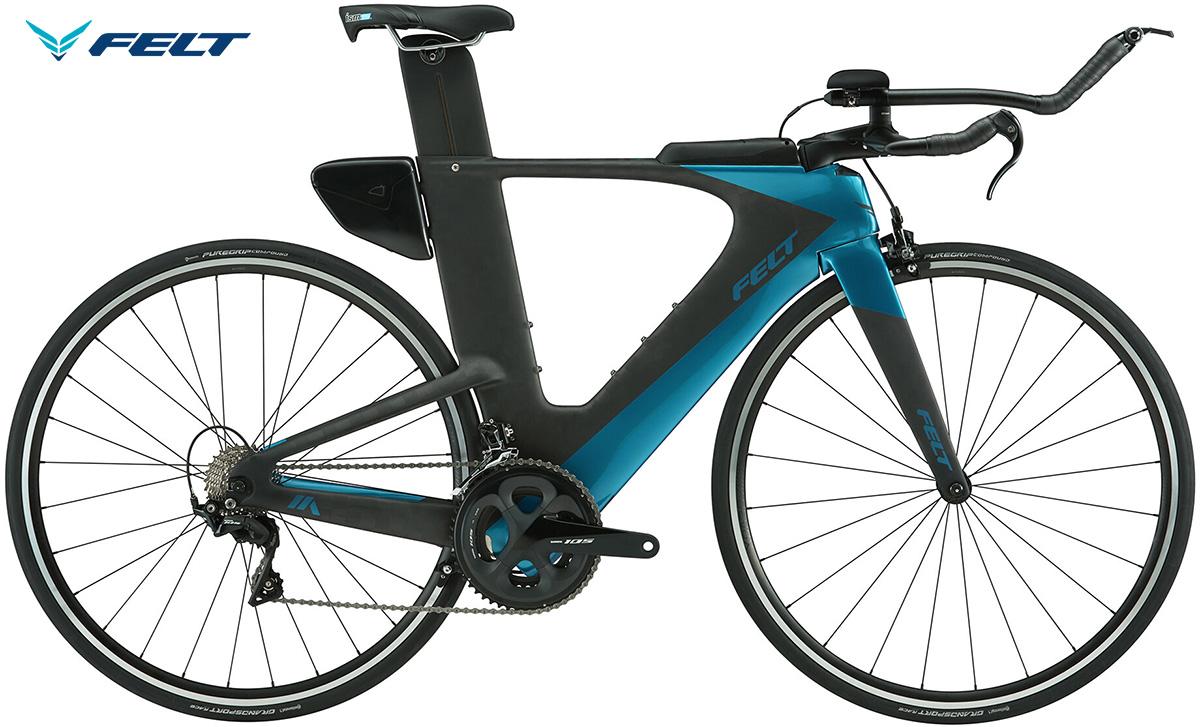 La bici da triathlon Felt IA Advanced 105 vista lateralmente