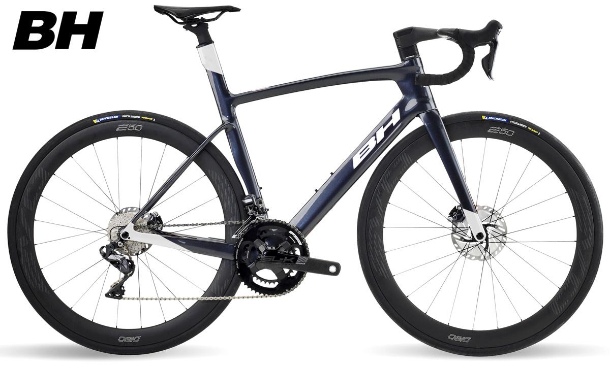 Una bici da strada e triathlon BH G8 Disc 6.5 anno 2021