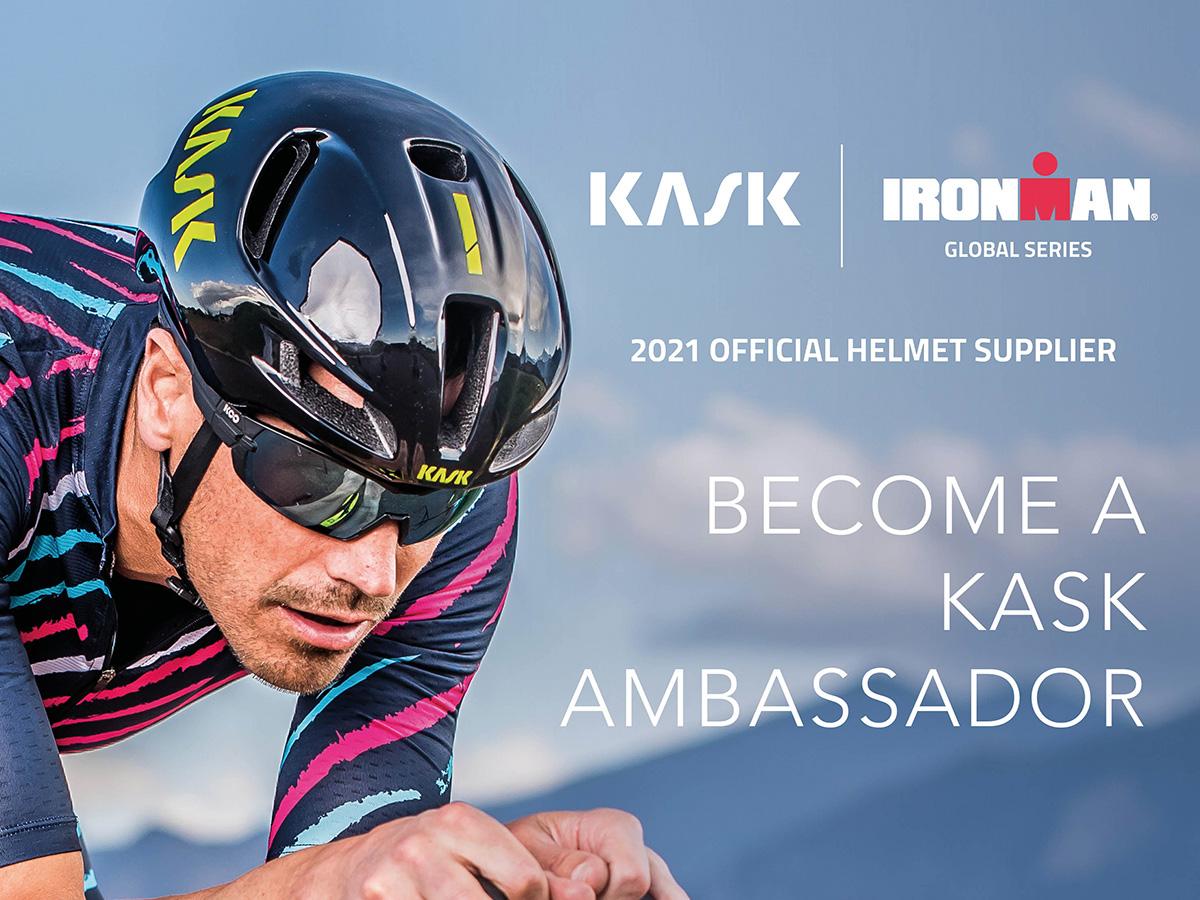 Un ciclista indossa un casco Kask in occasione del rinnovo della partnership con Ironman 2021